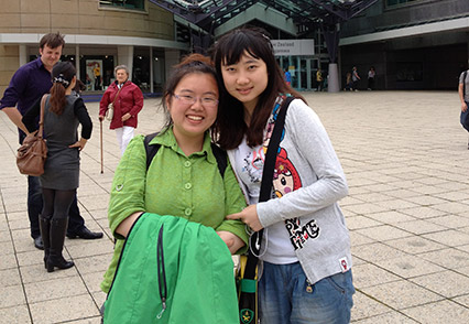 Chinese student, Rose Jin, with her visitor from Beijing University