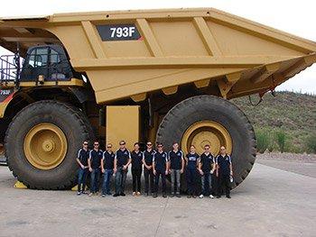 mining-students-near-vehical