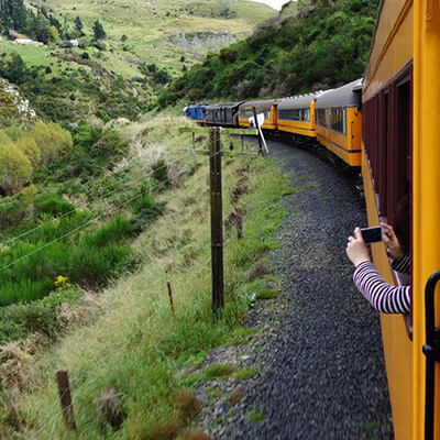 the-train-journey-dunedin-middlemarch
