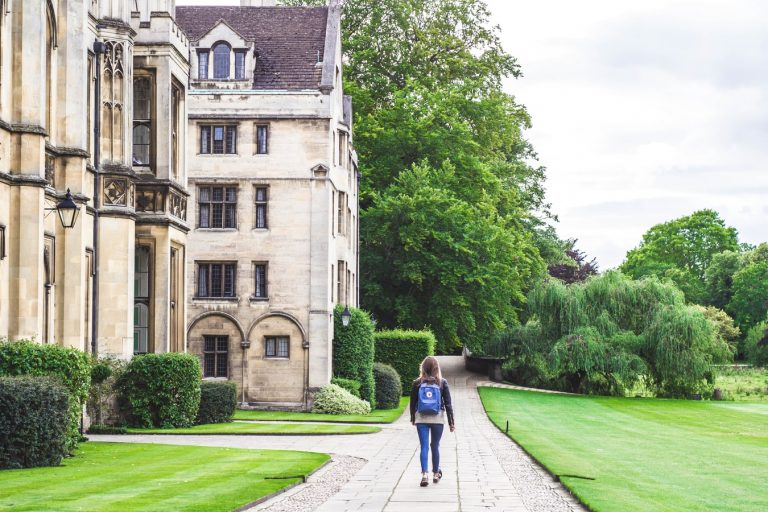 Why Live And Study At University?